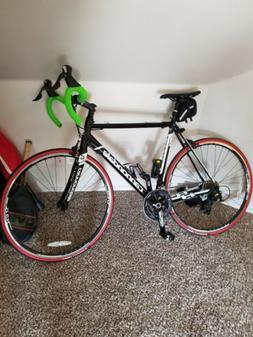 2018 Cannondale road bike 56cm