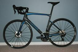 2018 BMC ROADMACHINE 01 FOUR Carbon Road Bike  MSRP $5300