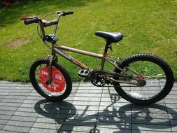 "mongoose bmx bike 20"" WHEELS"