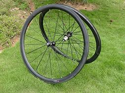 carbon glossy road bike clincher
