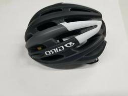 Giro Foray Mips Matte Black/White Size Large