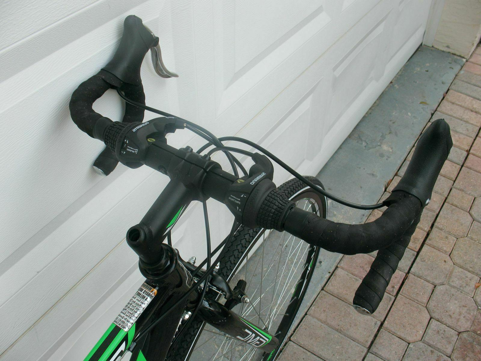 GMC ADULT ROAD BLACK/GREEN USED PEDALS