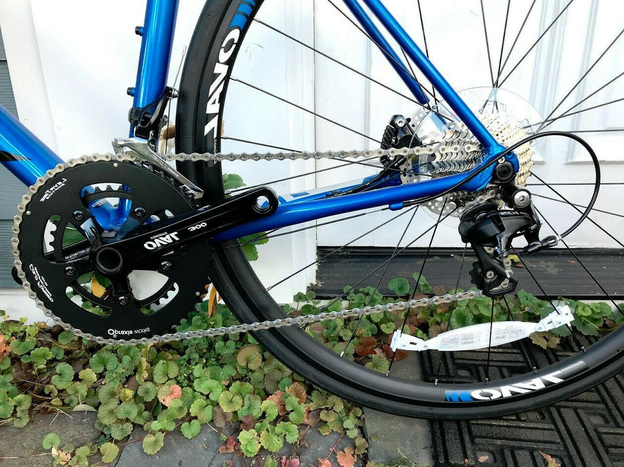 Brand Fuji 1.3 Road Bike Shimano Hydraulic Disc Brakes