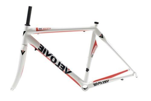 vitesse 300 carbon axis road