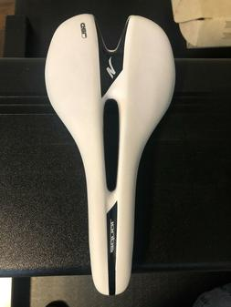 Specialized Men's Toupe Pro 143mm Road Bike Saddle gel Never